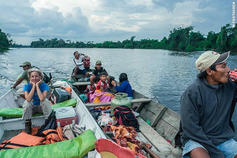 Boat trip in Brazil (©photocoen)