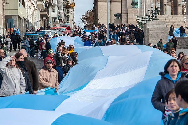 Flag Day in Rosario, Argentina (©photocoen)