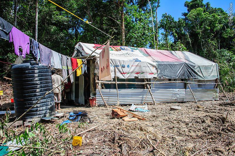 Camp in the jungle, Guyana (©photocoen)