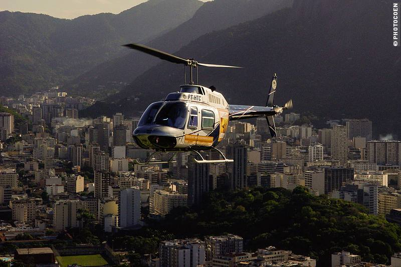 Helicopter in Rio de Janeiro (©photocoen)